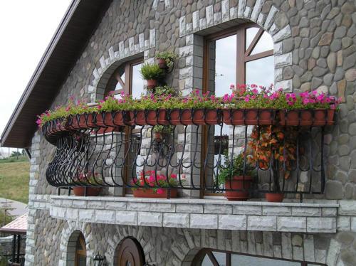 balcony-002