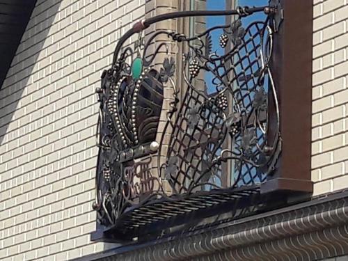 balcony-009