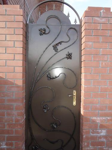 door-023