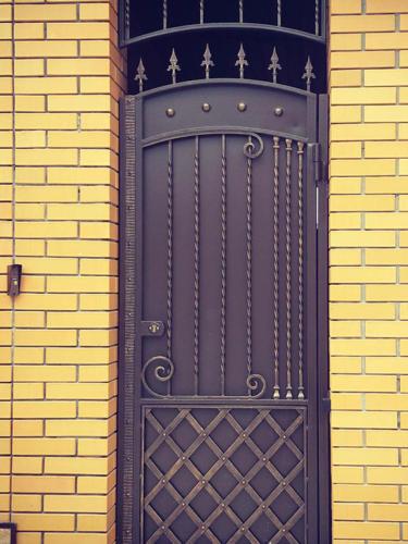 door-054
