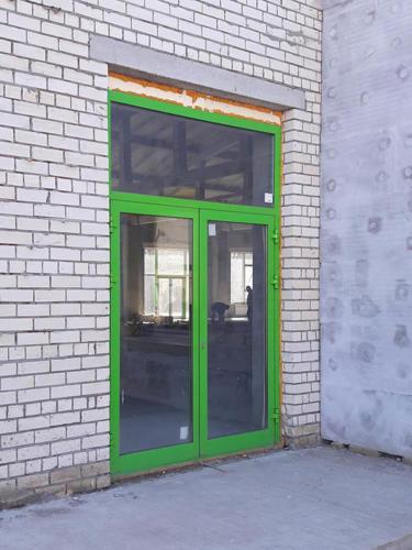 door-090