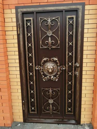 door-094
